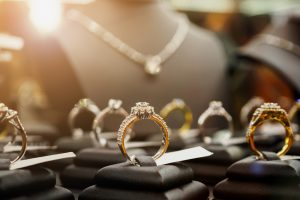 Jewelry,Diamond,Rings,And,Necklaces,Show,In,Luxury,Retail,Store